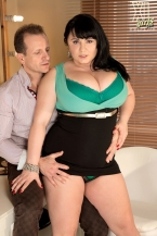 Sara Acquires Banged In The Models' Dressing Room